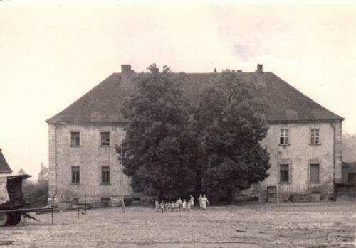 In diesem ehemaligen Klostergebäude war der Kindergarten untergebracht.